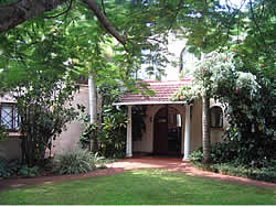 Canefields Country Hotel  offers charming accommodation in Empangeni